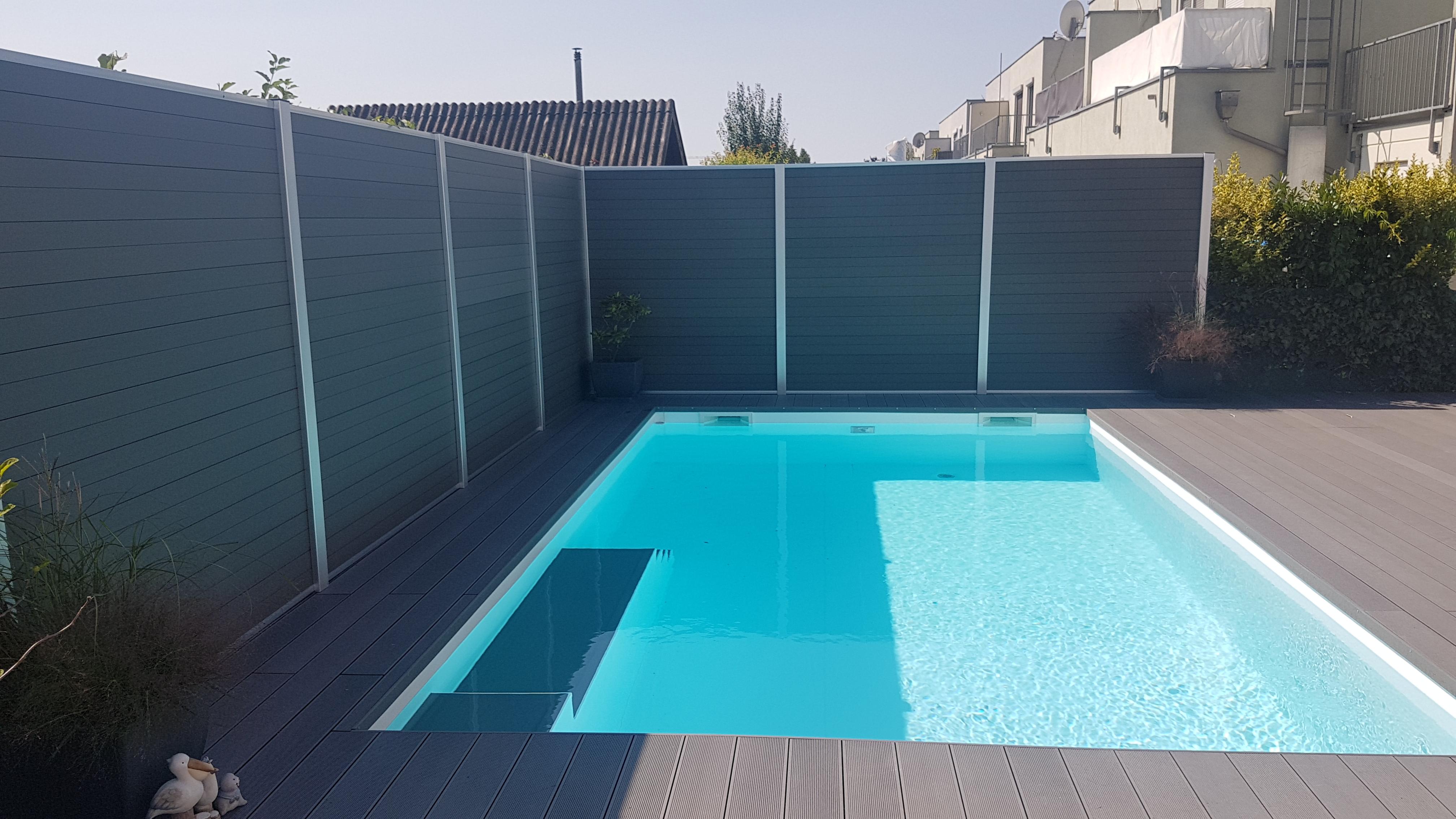 Pool Und Sichtschutz In Granit